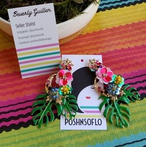 Jewelry - Hot Tropic statement earrings